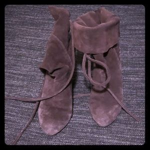 Ecote suede boots